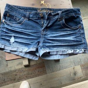 🎉 3 for $16. Bugglegum brand shorts. Size 9/10.